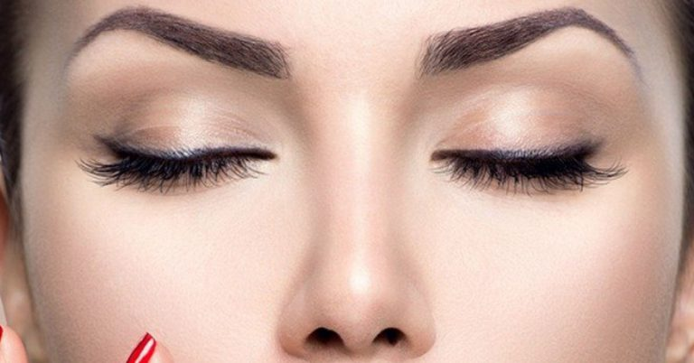 How to Draw Eyebrows When you Have None